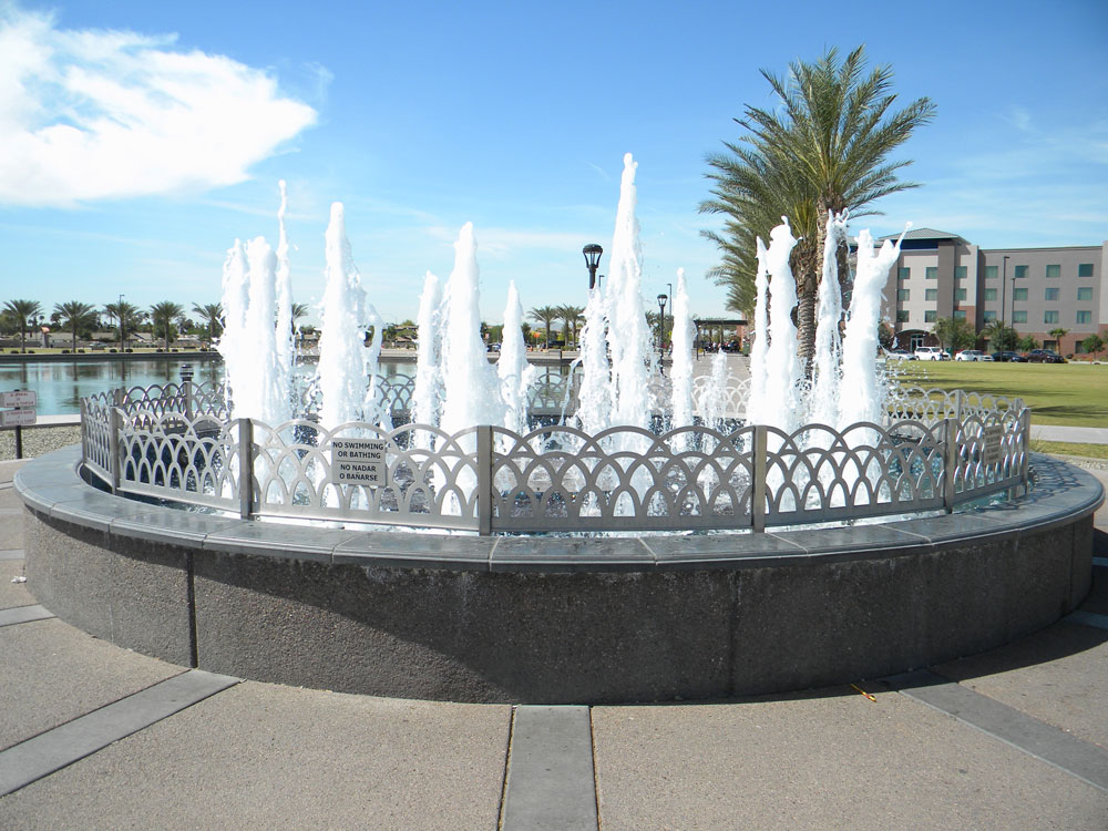 Riverview Mesa Park. Stainless steel fountain railing.