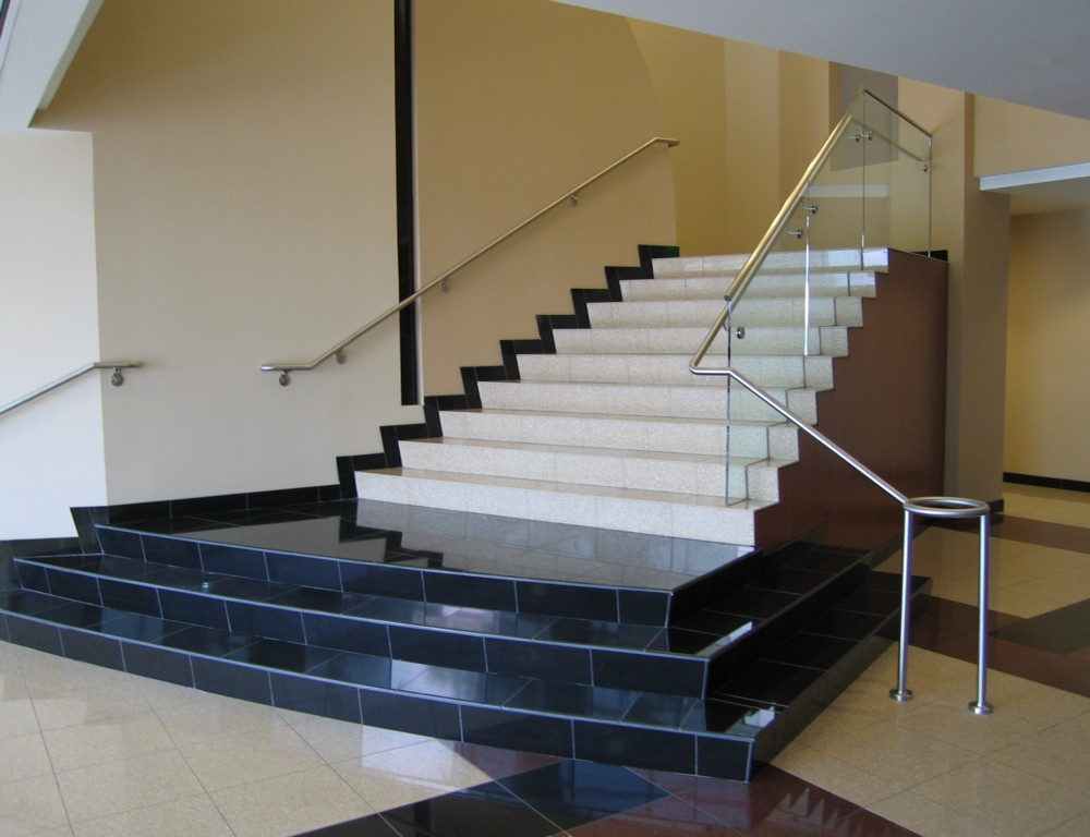 Union Hills Office Park - Glass in shoe with stainless steel handrail.